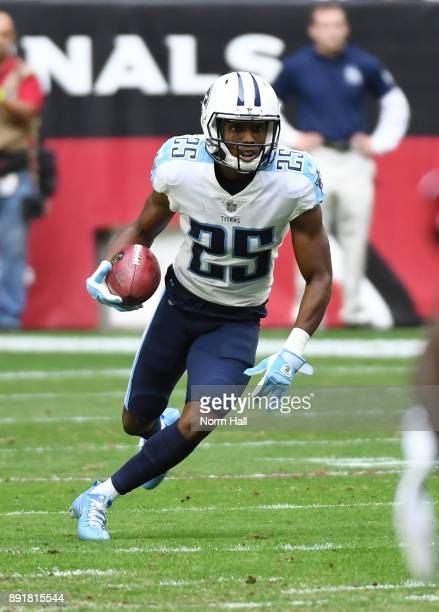 Adoree' Jackson of the Tennessee Titans runs with the ball against the Arizona Cardinals at University of Phoenix Stadium on December 10 2017 in...