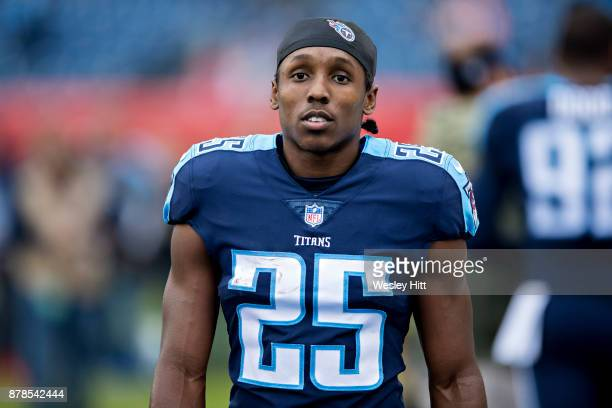 Adoree' Jackson of the Tennessee Titans warming up before a game against the Cincinnati Bengals at Nissan Stadium on November 12 2017 in Nashville...