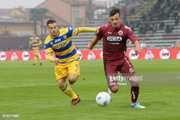 Adorni of AS Cittadella competes with Calaio' of Parma Calcio during the Serie B match between AS Cittadella and Parma Calcio on November 12 2017 in...