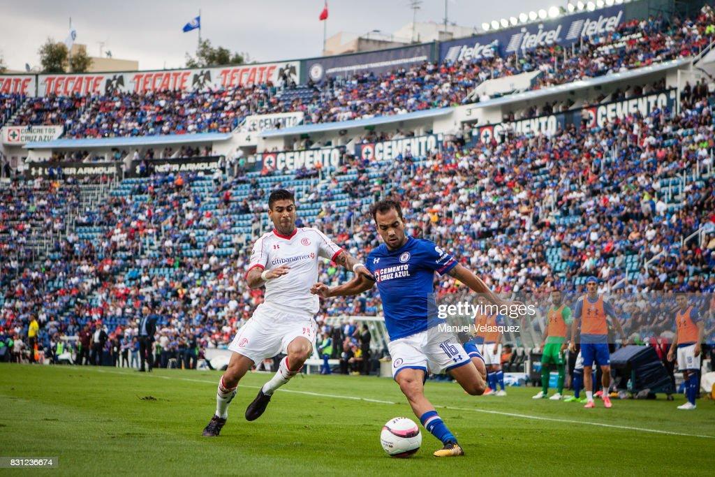 Cruz Azul v Toluca - Torneo Apertura 2017 Liga MX