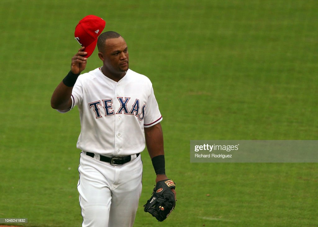 Seattle Mariners v Texas Rangers : News Photo