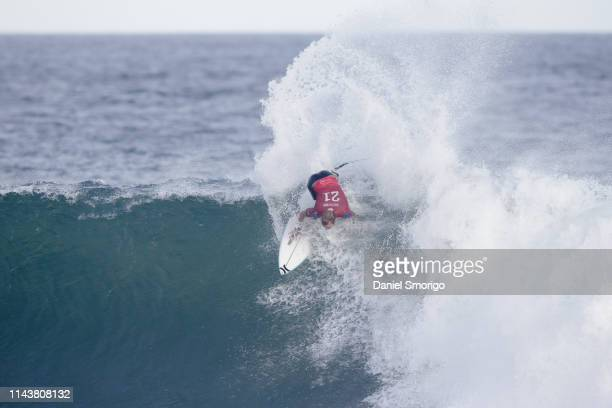 Adrian Buchan from Australia advanced to Round 3 after winning Heat 6 of Round 2 at the Oi Rio Pro in Saquarema, Rio de Janeiro, BRA.