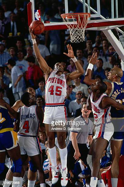 Adrian Dantley of the Detroit Pistons shoots against the Los Angeles Lakers during Game Five of the 1988 NBA Finals on June 16, 1988 at the Great...
