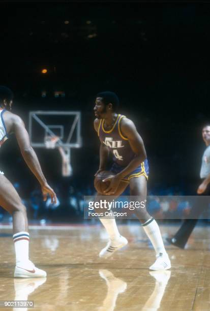 Adrian Dantley of the Utah Jazz in action against the Washington Bullets during an NBA basketball game circa 1980 at the Capital Centre in Landover,...
