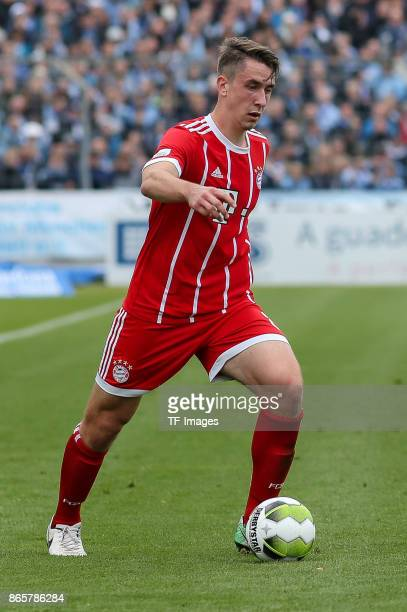 Adrian Fein of Bayern Muenchen controls the ball during the match between TSV 1860 Muenchen and Bayern Muenchen II at Stadion an der Grünwalder...