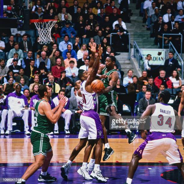 Adrian Griffin passes the ball against the Toronto Raptors on November 2 1999 at the Air Canada Centre in Toronto Canada NOTE TO USER User expressly...