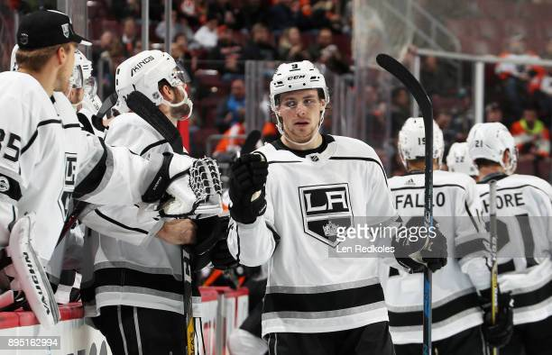 Adrian Kempe of the Los Angeles Kings celebrates his third period goal against the Philadelphia Flyers with his teamamtes on the bench on December 18...