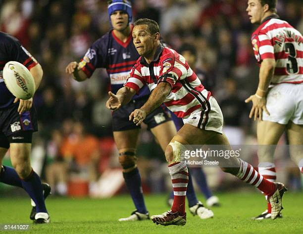 Adrian Lam of Wigan in action during the Tetley's Super League Elimination SemiFinal match between Wigan Warriors and Wakefield Wildcats at The JJB...