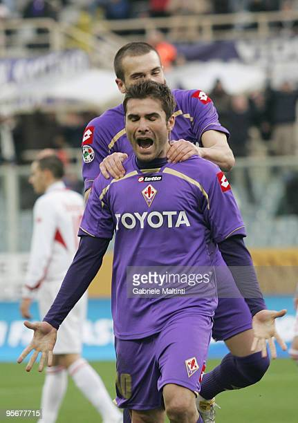 Adrian Mutu of ACF Fiorentina celebrates after scoring the 11 equalising goal during the Serie A match between Fiorentina and Bari at Stadio Artemio...