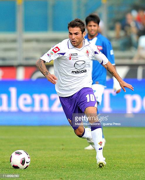 Adrian Mutu of Fiorentina in action during the Serie A match between Brescia Calcio and ACF Fiorentina at Mario Rigamonti Stadium on May 22 2011 in...