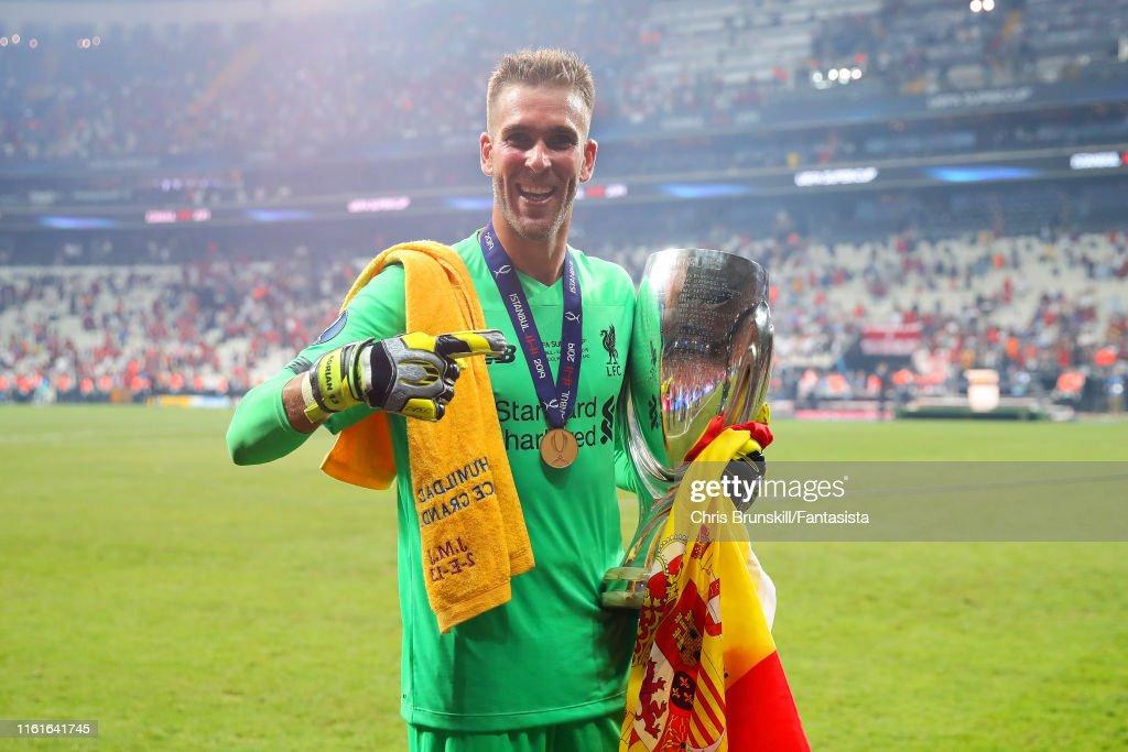 Liverpool v Chelsea: UEFA Super Cup : Fotografía de noticias