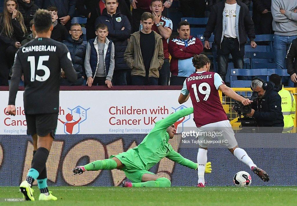 Burnley FC v Liverpool FC - Premier League : News Photo