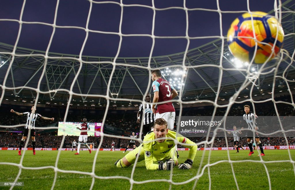 Adrian of West Ham United looks back as Mohamed Diame of Newcastle United scores his sides second goal during the Premier League match between West Ham United and Newcastle United at London Stadium on December 23, 2017 in London, England.