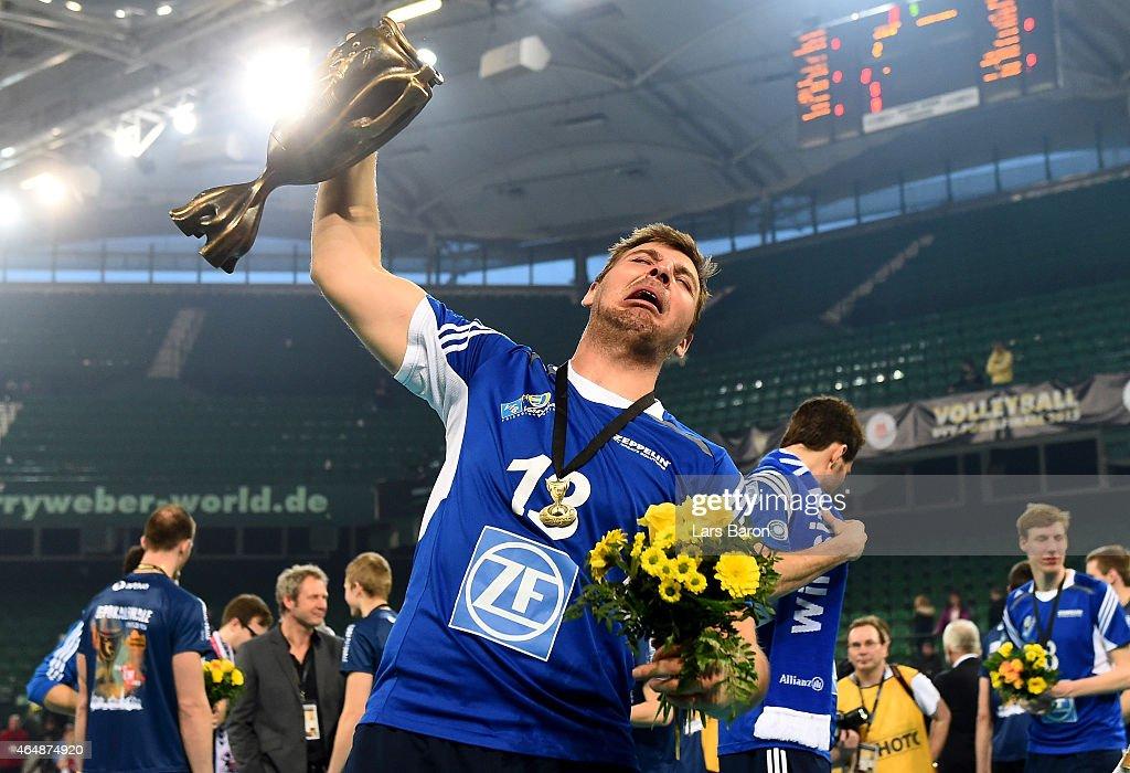 German Volleyball Cup Final Men - SVG Lueneburg v VfB Friedrichshafen : News Photo