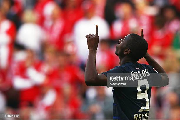 Adrian Ramos of Berlin celebrates his team's third goal during the Bundesliga match between FSV Mainz 05 and Hertha BSC Berlin at Coface Arena on...