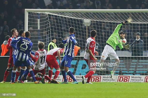 Adrian Ramos of Hertha scores the third goal during the Second Bundesliga match between Hertha BSC Berlin and 1FC Union Berlin at Olympic Stadium on...