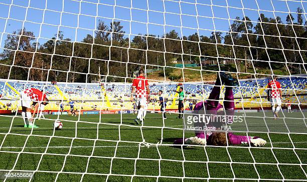 Adrian Semper goalkeeper of Croatia reacts during the FIFA U17 Men's World Cup 2015 group A match between USA and Croatia at Estadio Sausalito on...