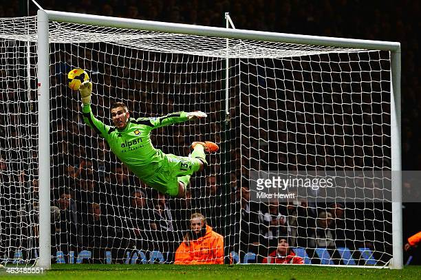 Adrian the West Ham United goalkeeper fails to stop the freekick of Yohan Cabaye of Newcastle United during the Barclays Premier League match between...