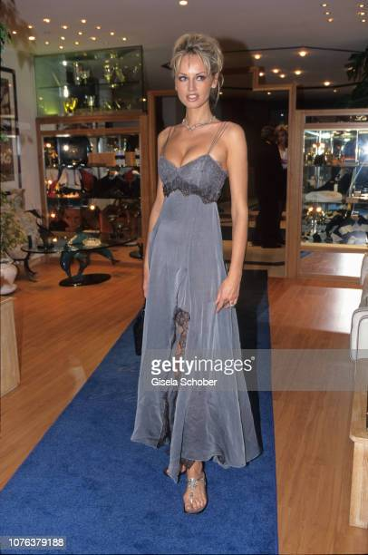 Adriana Karembeu attends the 'World Music Awards' in May 1999 in Munich Germany
