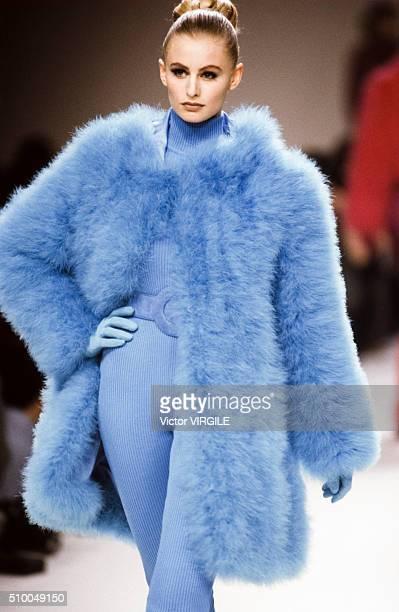 Adriana Karembeu walks the runway at the Chloe Pret a Porter Autumn/Winter 19911992 fashion show during the Paris Fashion Week in March 1991 in Paris...