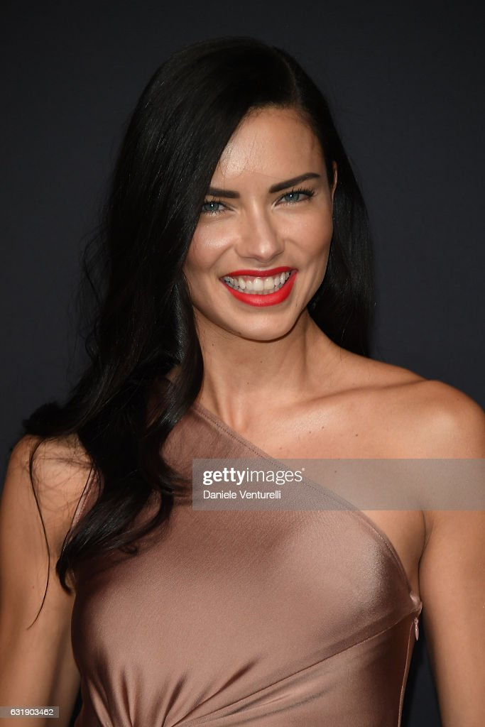 Adriana Lima arrives at IWC Schaffhausen at SIHH 2017 'Decoding the Beauty of Time' Gala Dinner on January 17, 2017 in Geneva, Switzerland.