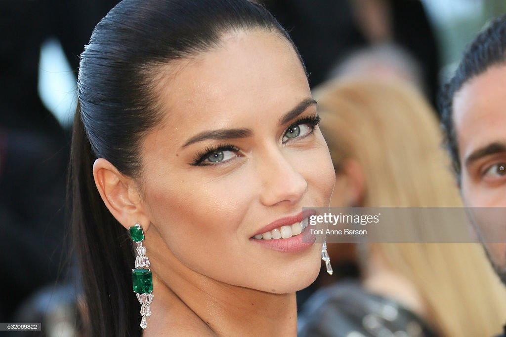 """Julieta"" - Red Carpet Arrivals - The 69th Annual Cannes Film Festival : News Photo"