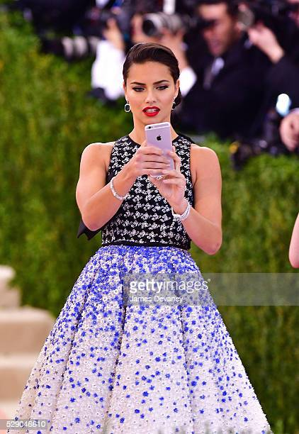 Adriana Lima attends 'Manus x Machina Fashion in an Age of Technology' Costume Institute Gala at Metropolitan Museum of Art on May 2 2016 in New York...