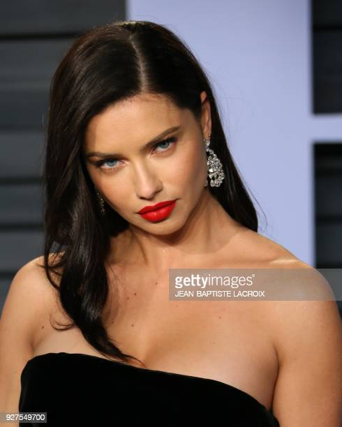 Adriana Lima attends the 2018 Vanity Fair Oscar Party following the 90th Academy Awards at The Wallis Annenberg Center for the Performing Arts in...