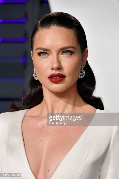 Adriana Lima attends the 2019 Vanity Fair Oscar Party hosted by Radhika Jones at Wallis Annenberg Center for the Performing Arts on February 24 2019...