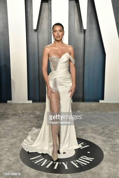 Adriana Lima attends the 2020 Vanity Fair Oscar Party hosted by Radhika Jones at Wallis Annenberg Center for the Performing Arts on February 09, 2020...