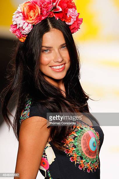 Adriana Lima walks the runway at Desigual during MercedesBenz Fashion Week Spring 2015>> at The Theatre at Lincoln Center on September 4 2014 in New...