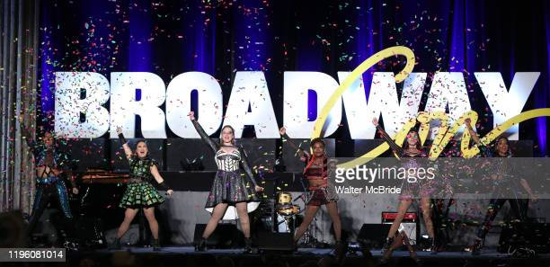 """Adrianna Hicks, Andrea Macasaet, Abby Mueller, Brittney Mack, Samantha Pauly and Anna Uzele from the cast of """"SIX"""" during the BroadwayCon 2020 First..."""