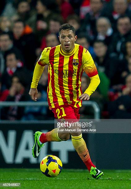 Adriano Correiaof FC Barcelona controls the ball during the La Liga match between Athletic Club and FC Barcelona at San Mames Stadium on December 1...