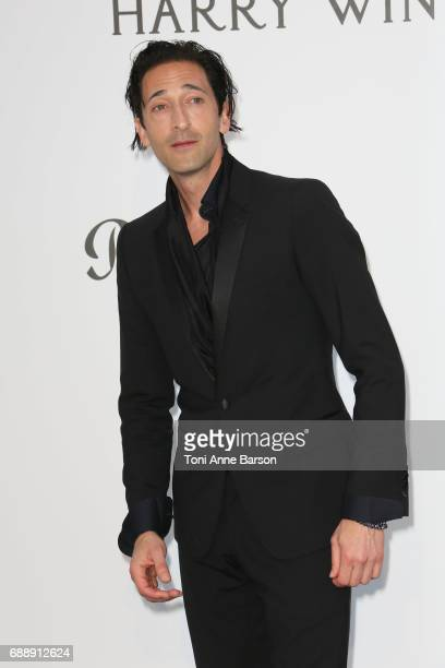 Adrien Brody arrives at the amfAR Gala Cannes 2017 at Hotel du CapEdenRoc on May 25 2017 in Cap d'Antibes France
