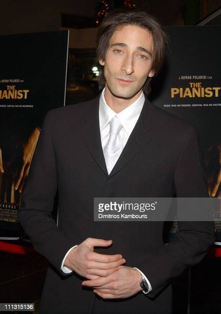 """Adrien Brody during New York Premiere Of Roman Polanski's """"The Pianist"""" Benefiting The New York Museum Of Jewish Heritage And SHOAH - Inside Arrivals..."""