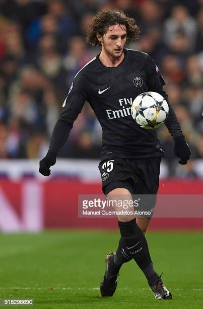 Adrien Rabiot of Paris SaintGermain controls the ball during the UEFA Champions League Round of 16 First Leg match between Real Madrid and Paris...
