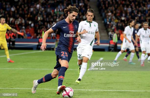 Adrien Rabiot of Paris SaintGermain in action during the French Ligue 1 match between Paris Saint Germain and AS Saint Etienne on September 14 2018...