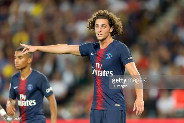 Adrien Rabiot of Paris St Germain gestures during the Ligue 1 match between Paris SaintGermain and SM Caen at Parc des Princes on August 12 2018 in...