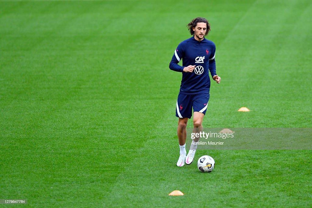 France Soccer Team : Training Session At Stade De France : News Photo