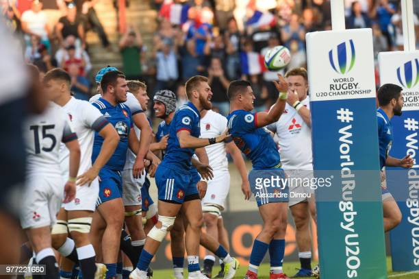 Adrien Seguret of France celebrates hisTry with Team during the Final World Championship U20 match between England and France on June 17 2018 in...