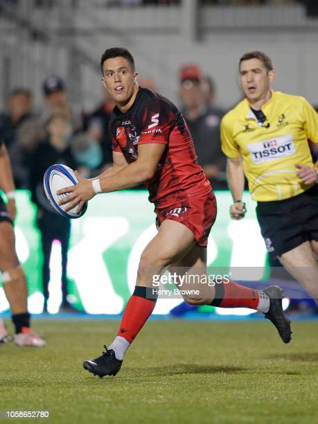 Adrien Seguret of Lyon passes the ball during the Champions Cup match between Saracens and Lyon Olympique Universitaire at Allianz Park on October 20...