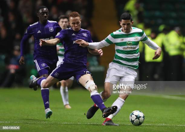 Adrien Trebel of RSC Anderlecht vies with Tomas Rogic of Celtic during the UEFA Champions League group B match between Celtic FC and RSC Anderlecht...