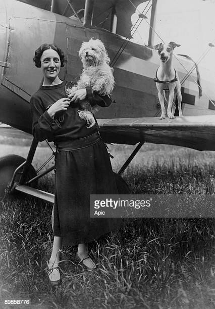 Adrienne Bolland was the first pilot woman to cross the Channel august 25 1920