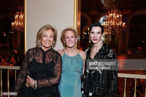 Adrienne Vittadini Muffie Potter Aston and Amy Fine Collins during the Casita Maria Fiesta 2018 at The Plaza Hotel on October 16 2018 in New York City