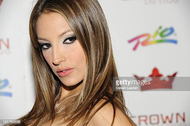 Adult actress Jenna Haze arrives to host an evening at Crown Nightclub on July 2, 2010 in Las Vegas, Nevada.