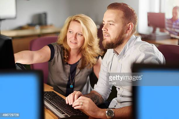Erwachsenen Bildung computer-Klasse