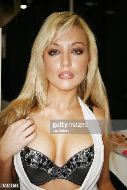 Adult entertainer Kayden Kross attends 2008 Exxxotica New York at the New Jersey Convention and Exposition Center on September 13, 2008 in Edison,...