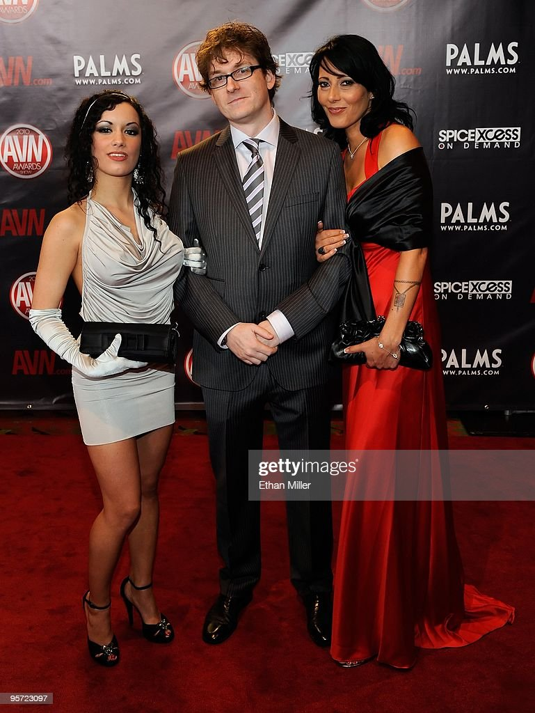 Adult Film Actors Penelope Tiger Kevin Moore And Zoe Holloway Arrive News Photo Getty Images
