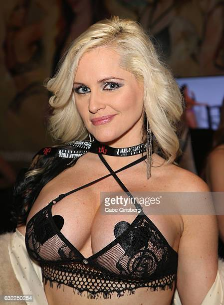 Adult film actress Alena Croft appears at the Cams booth during the 2017 AVN Adult Entertainment Expo at the Hard Rock Hotel Casino on January 20...