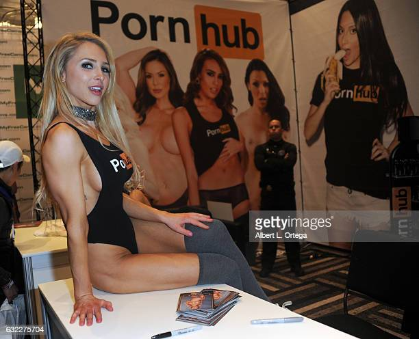 The 2017 Avn Adult Entertainment Expo Stock Pictures, Royalty-free ...